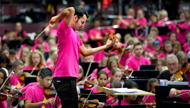 Ron Alvarez from Venezuela was the first 'El Sistema' teacher at the Cildren's Home